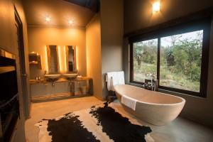 Luxury Safari Lodge Hluhluwe Accommodation Luxury Bush Villa Bathroom